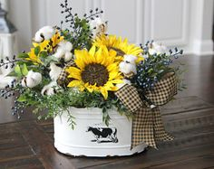 sunflower-kitchen-decorating-ideas-new-sweet-sunflowers-add-a-little-farmhouse-c. - sunflower-kitchen-decorating-ideas-new-sweet-sunflowers-add-a-little-farmhouse-country-to-your-home - Country Farmhouse Decor, Rustic Decor, Farmhouse Style, Country Primitive, Farmhouse Garden, Primitive Decor, Country Living, Country Chic, Southern Kitchen Decor