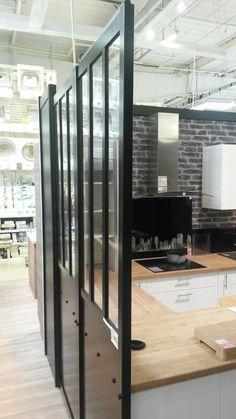 Verrière atelier Leroy Merlin  Existe en blanc et en noir 129eur 240×180  http://www.leroymerlin.fr/v3/p/produits/cloison-amovible-atelier-blanc-h-240-x-l-80-cm-e1401422080