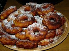 Kenyércsücsök: Zablisztes túrófánk Onion Rings, Doughnut, Paleo, Food And Drink, Ethnic Recipes, Tej, Live, Inspiration, Diet