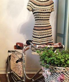 "Photo from album ""Vanessa Montoro"" on Yandex. Vanessa Montoro, Blouse Dress, Knit Dress, Crochet Yarn, Knit Crochet, Crochet Woman, Crochet Fashion, Beautiful Crochet, Crochet Clothes"