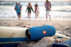 Hirsch Gift - JBL Xtreme Splashproof Bluetooth Speaker