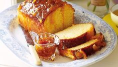 Orange Marmalade - Oranges and lemons, fresh on the table. A delicious citrus marmalade to perk up your breakfast. Pound Cake Recipes, Tea Recipes, Baking Recipes, Breakfast Recipes, Breakfast Ideas, Pound Cakes, Lemon Recipes, Breakfast Time, Sweets Recipes