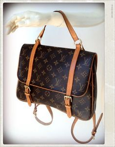 fee8696be567 Sac Cartable LOUIS VUITTON - Carlita Vintage Shop - Boutique en ligne de  Mode Vintage
