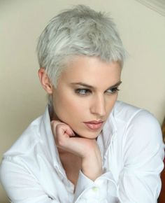 Great hair color for this messy short pixie haircut. Pixie hairstyle with beautiful color choice. Short Grey Hair, Short Hair Cuts For Women, Short Hairstyles For Women, Short Hair Styles, Short Wavy, Short Blonde, Short Cuts, Curly Blonde, Short Silver Hair