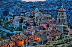 #Albarracín: un pueblo que es Monumento Nacional desde hace + de 50 años #teruel #aragón #spain pic.twitter.com/MELfNUrGBH