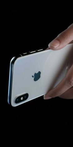 Iphone X true depth-camera specs ; *7MP camera *Portrait mode *Portrait Lighting (beta) *Animoji *1080p HD video recording *Retina Flash *ƒ/2.2 aperture *Wide color capture for photos and *Live Photos *Auto HDR *Backside illumination sensor *Body and face detection *Auto image stabilization *Burst mode *Exposure control *Timer mode #iphoneanimoji