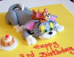 Tom and jerry cake by deborah hwang, via Flickr
