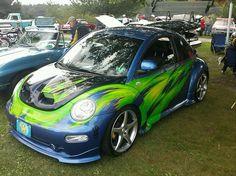 VW Bug Vw Super Beetle, Beetle Bug, Vw Beetles, Weird Cars, Cool Cars, Rat Look, Ticket To Ride, Hippie Art, Vw Bugs
