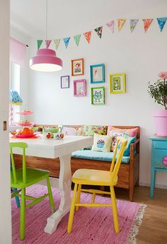 Pink Friday @ Hus o Hem Pastel, cheery dining room Dining Room Decor, Room Inspiration, Kitchen Colors, Decor, House Interior, Decor Inspiration, Interior, My Ideal Home, Home Decor