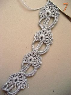Crochet Lace tutorial Work next lace motifs like second until you get desired length. Now I''ve got 4 lace motifs and I''d like to finish it. Thread Crochet, Knit Or Crochet, Crochet Crafts, Crochet Projects, Crochet Motif Patterns, Crochet Designs, Stitch Patterns, Mode Crochet, Crochet Bracelet