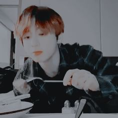 Animated gif discovered by ᴥ 𝑐ℎ𝑖𝑛𝑚𝑖𝑢. Find images and videos about gif, bts and jungkook on We Heart It - the app to get lost in what you love. Bts Cute, Jungkook Cute, Cute Gif, Jimin, Jungkook Aesthetic, Aesthetic Boy, Kpop, We Heart It, Uzzlang Girl