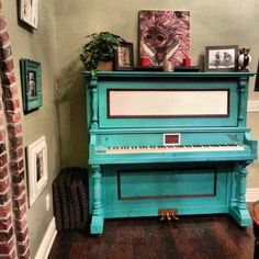 One of my proudest accomplishments!   My 1906 Kingsbury Piano #chalkpaint #paintedpiano