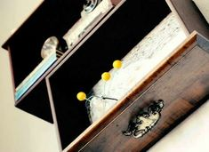 If you have some old dresser drawers that aren't being used, hang them on the wall and you've got great looking drawer shelves. Dresser Drawer Shelves, Diy Drawers, Chest Drawers, Wooden Drawers, Wall Shelves, Ivar Regal, Diy Bedroom Decor, Diy Home Decor, Bedroom Ideas