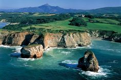 French Basque Country, Hendaye. At the gates of Spain, Hendaye the resort situated furthest south in France. With about 3.5 km of beach, the longest of the Basque coast, Hendaye offers a particularly protected environment to its visitors. © Ph.Laplace