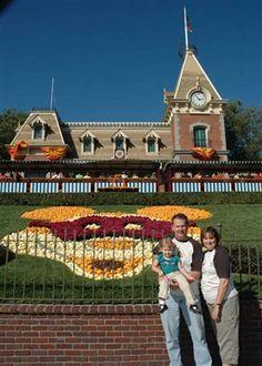2007...more Disneyland!