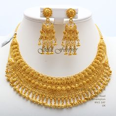 Latest Bridal Gold jewelry ideas, Antique Gold Choker and Long Chain in Bridal Gold Jewelry Trendy Choker and Gold Beads Mala Pakistani Jewellery Design, Latest Jewellery, . Antique Gold Necklace and Haram Set photo Gold Jewellery Design, Bridal fashion Indian Gold Necklace Designs, Gold Ring Designs, Gold Bangles Design, Gold Earrings Designs, Gold Jewellery Design, Gold Set Design, Dubai Gold Jewelry, Gold Bridal Jewellery Sets, Gold Fashion