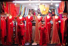 Best Markets To Shop Wedding Trousseau In Delhi/Mumbai/Jaipur - Wedding Sari, Red Wedding Dresses, Wedding Gowns, Fashion Design For Kids, Sari Fabric, Jewelry Model, India Fashion, Bridal Gowns, Travel Activities