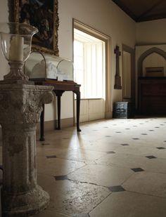 Inspirational Design Examples of Luxury Natural Stone | Lapicida