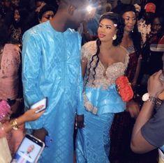 African Bridesmaid Dresses, African Wedding Attire, African Attire, Couples African Outfits, Hijab Fashion, Fashion Dresses, Nigerian Dress, Wedding Book, Wedding Wishes