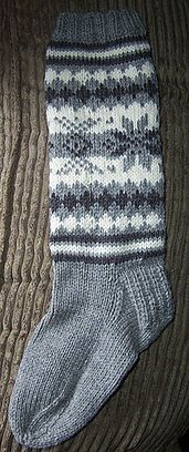 (4mm) (56m) Ravelry: Fair Isle Sock (Worsted) pattern by Patons