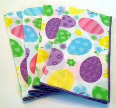 Set of 4 Easter cloth dinner napkins with by StitchWitchFABRICs