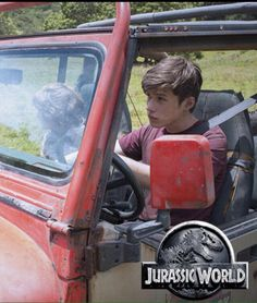 Nick Robinson Zach Jurassic World