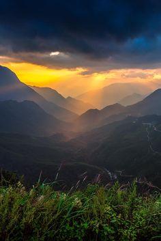 TamTron Pass, Sapa, Vietnam,by Ratnakorn Piyasirisorost, on 500px