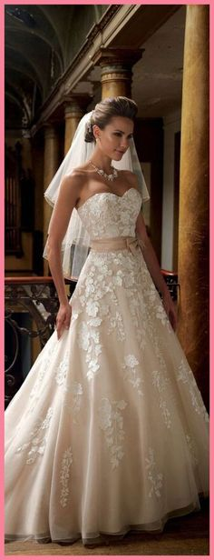 Wonderful Perfect Wedding Dress For The Bride Ideas. Ineffable Perfect Wedding Dress For The Bride Ideas. Dream Wedding Dresses, Bridal Dresses, Wedding Gowns, Lace Wedding, Weeding Dress, Trendy Wedding, Mermaid Wedding, Wedding Summer, Casual Wedding