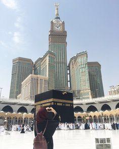 May Allah plzz call us on your house😊🙏 Mecca Madinah, Mecca Kaaba, Mecca Wallpaper, Islamic Wallpaper, Anime Muslim, Muslim Hijab, Islamic Images, Islamic Pictures, Masjid Haram