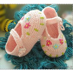 Handmade Crochet Baby Shoes Crocheting Baby Sandals by MiniBeeBee