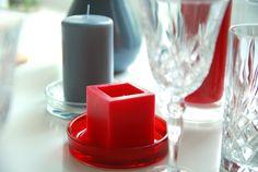 szaro-czerwone-ozdoby-na-stół #candles #red #grey #ffhome