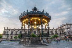 Quiosco , Plaza de Armas,Palacio de Gobierno, Guadalajara, Jalisco, Mexico by raulmacias, via Flickr    salutaris.mx