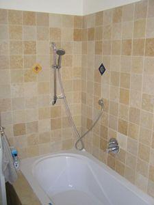 עבודות שיפוץ אמבטייה ברעננה