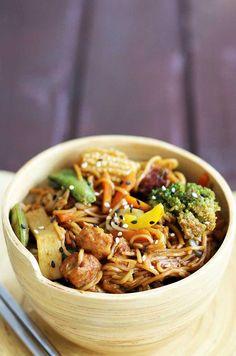 Stir-Fry cu legume si soia | Gourmandelle