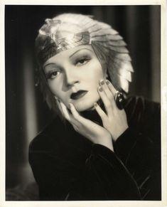 Claudette Colbert - CLEOPATRA (1934) - by Eugene Robert Richee