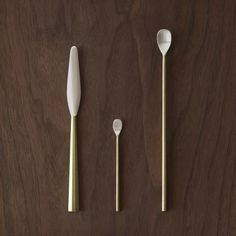 Casting Surface Cutlery is a minimalist design created by Japan-based designer Oji & Design. The objects are cast in brass with a silver plated tip. (1)