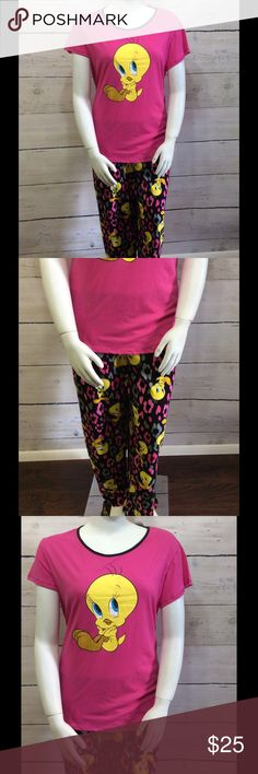 [Plus] Looney Tunes - Tweety Pajama Set 100% cotton. Brand new with tags. Looney Tunes Intimates & Sleepwear Pajamas