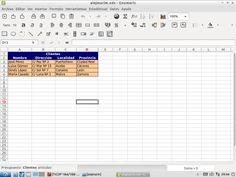 He completado las hojas de Clientes con datos inventados, cuidando la presentación.