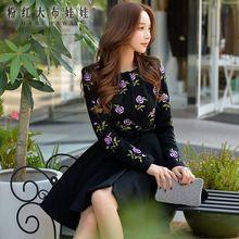 dabuwawa 2017 brands autumn winter new fashion embroidered vintage black large hem long skirt coat female