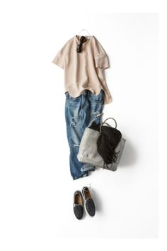 Put on your jeans, have a blessed day, and shop Shabby Shack Thrift Shop Shabby Shack is closed for the season. Chic Outfits, Fashion Outfits, Womens Fashion, Looks Style, My Style, Mode Simple, Mode Jeans, Weekend Wear, Japanese Fashion