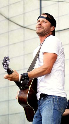 Dierks Bentley - Saw him with Miranda just this year. He's OK... I still think the last generation was better than these country pop guys. You know, like Vince Gill, Clint Black, Ricky Van Shelton...