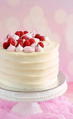 Mákos-málnás vaníliatorta habcsókkal Vanilla cake with poppy seed, raspberry and meringue Japanese Cake, Japanese Food, Mousse Cake, Vanilla Cake, Cake Cookies, Cake Designs, Fondant, Sweets, Apple