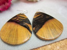 Stunning Large Luxury Black and White by ExoticWoodButtonsAnd, $65.00