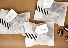Loving... beautiful wrapping for foodie gifts...