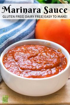 5 Minute Gluten Free Marinara Sauce is packed with tomatoes and garlicky goodness. With a flavor that tastes like it's been simmering all day, it will become a recipe you make again and again! This perfectly dippable Marinara is perfect for Mozzarella sti Gluten Free Recipes Side Dishes, Gluten Free Sauces, Gluten Free Pizza, Real Food Recipes, Dairy Free, Vegan Recipes, Yummy Food, Vegan Sauces, Gluten Free Pasta Sauce