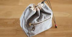 Fabric Gift Bag. Photo Sewing Tutorial.
