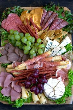 Deska serów i wędlin in 2020 Plateau Charcuterie, Charcuterie And Cheese Board, Fresh Vegetables, Fruits And Veggies, Appetizers For Party, Appetizer Recipes, Bacon Wrapped Pineapple, Relish Trays, Best Cheese