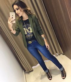 Love the fit of the blazer Look Blazer, Casual Blazer, Blazer Outfits, Casual Jeans, Jean Outfits, Casual Chic, Cool Outfits, Summer Outfits, Casual Outfits