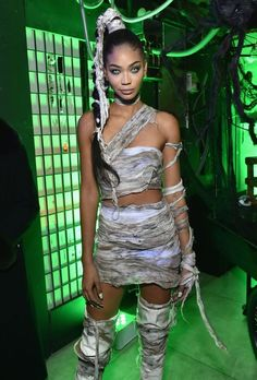 for inspiration? The 7 coolest Halloween outfits you actually have at home Looking for inspiration? The 7 coolest Halloween outfits you actually have at home,Looking for inspiration? The 7 coolest Halloween outfits you actually have at home, Halloween Costume Diy, Best Celebrity Halloween Costumes, Halloween Inspo, Halloween Party, Haloween Costumes 2017, Sexy Womens Halloween Costumes, Halloween Makeup, Sexy Diy Costumes, Halloween Outfits For Women