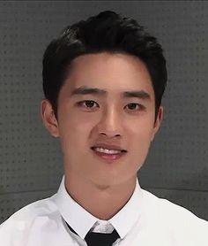 ᴀǫᴜɪ ᴇɴᴄᴏɴᴛʀᴀʀᴀs ᴀ ʀᴀᴢᴀᴏ ᴅᴏs sᴇᴜs sᴏʀʀɪsᴏs ᴍᴀɪs ʟɪɴᴅᴏs. Do Kyung Soo, Baekhyun Chanyeol, Exo Chen, He Makes Me Happy, Chansoo, Kim Minseok, Exo Korean, Exo Memes, Bts And Exo